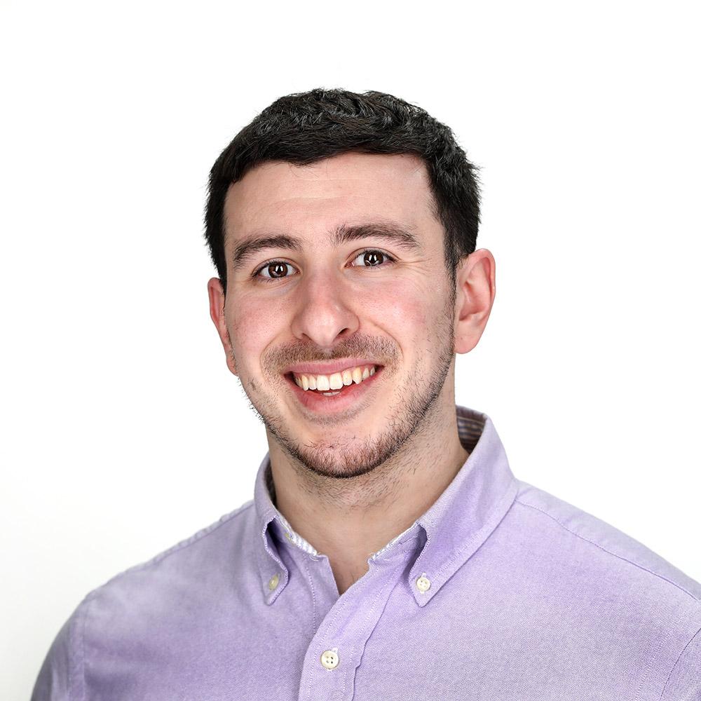 headshot of Chris Benzola