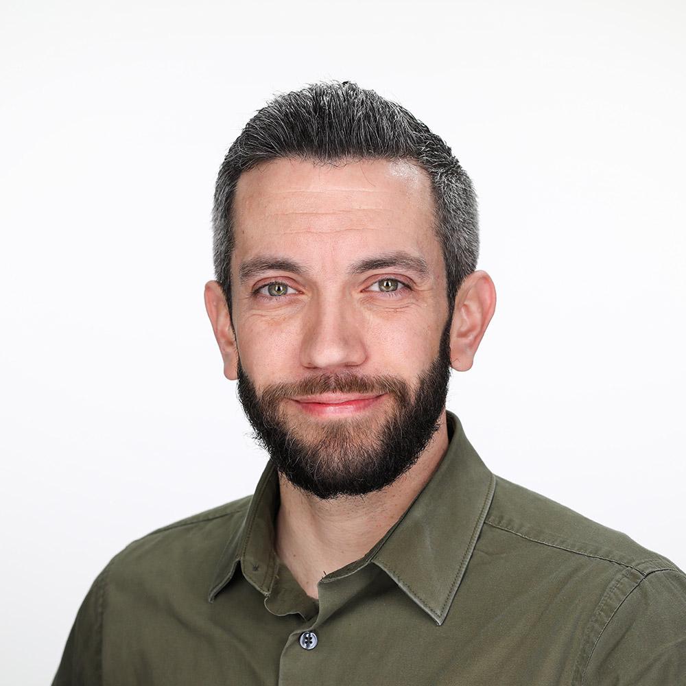 headshot of Matthew Bushmann